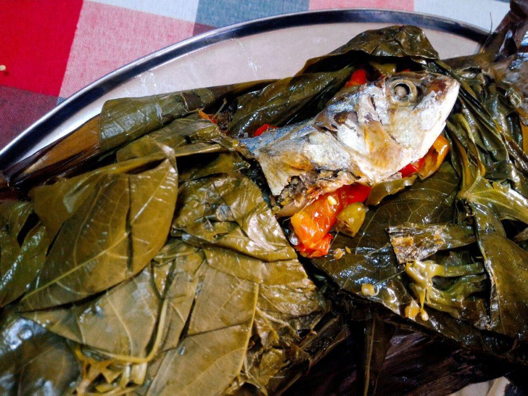 Resep Cara Memasak Ikan Pepes Daun Singkong