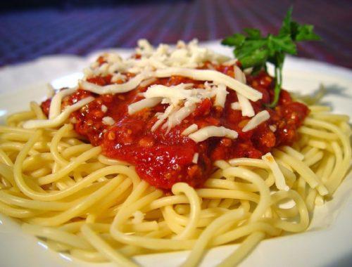 Resep Cara Membuat Spagetti Saus Kornet Daging Sapi Enak